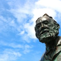With his Head in the Clouds: Jules Verne Visiting Vigo